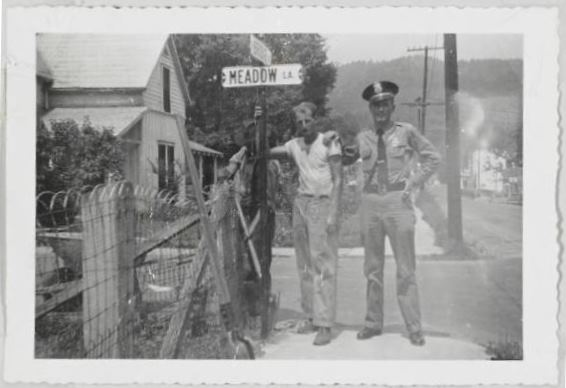 Blog Image - streetsigns1954