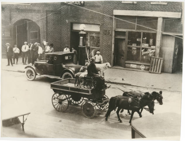 Gentry Brothers Dog and Pony Show circa 1924