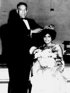 Rudolph Jones crowns Homecoming Queen Helen Moore, 1965